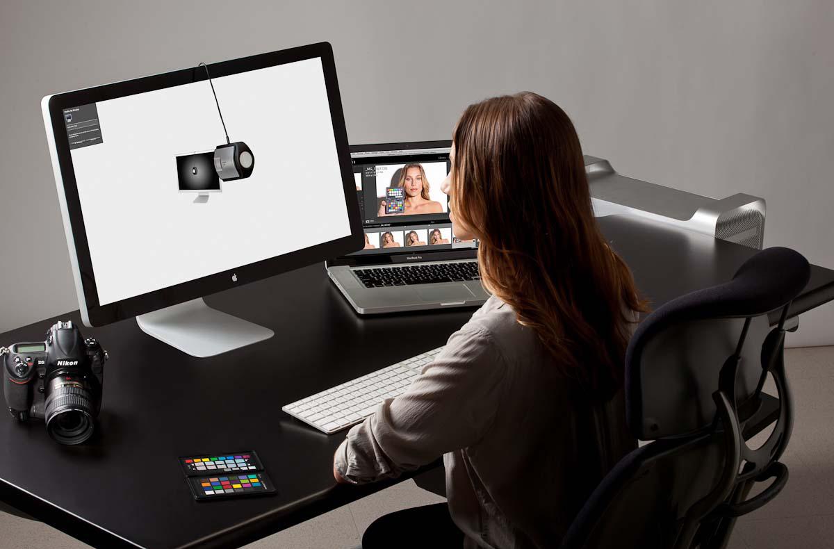 Kalibracja monitorów i aparatów (profilowanie) - X-Rite i1 Display Pro